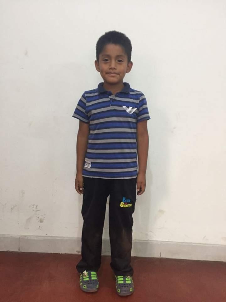 11 Luis Angel Tolentino 6살.jpeg